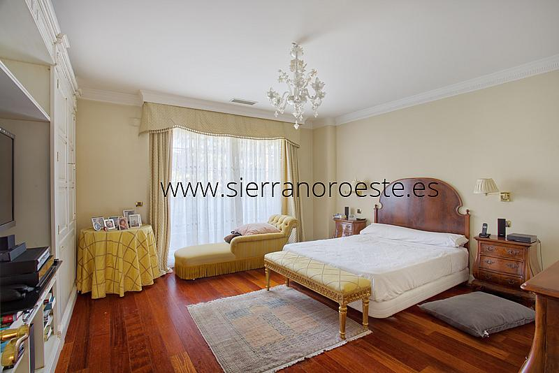 Piso en alquiler en Fuentelarreina en Madrid - 219329402