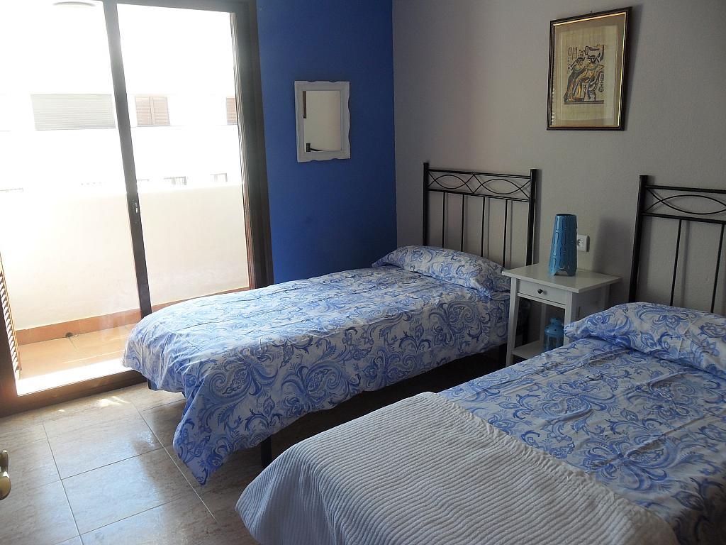 Casa adosada en alquiler de temporada en urbanización Araijanal, Mijas Costa - 296591995