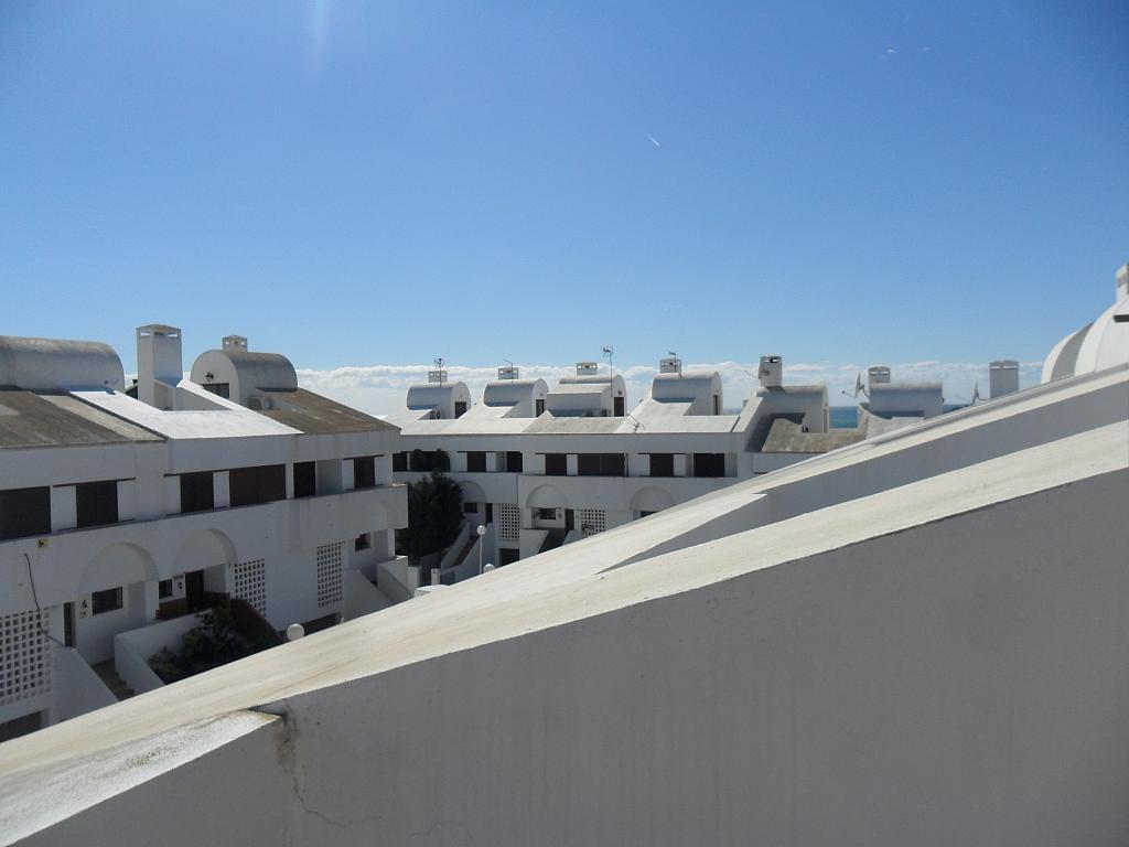 Casa adosada en alquiler de temporada en urbanización Araijanal, Mijas Costa - 296593379