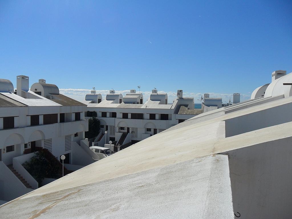Casa adosada en alquiler de temporada en urbanización Araijanal, Mijas Costa - 296593389