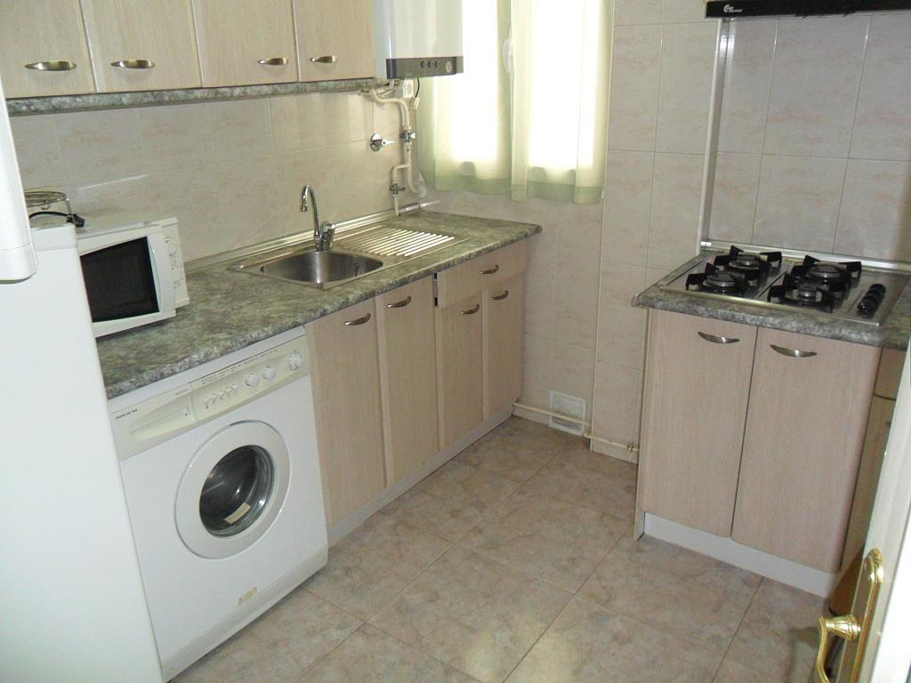 Cocina - Piso en alquiler en calle Dalmacio Garcia Izcara, Cuenca - 288180683