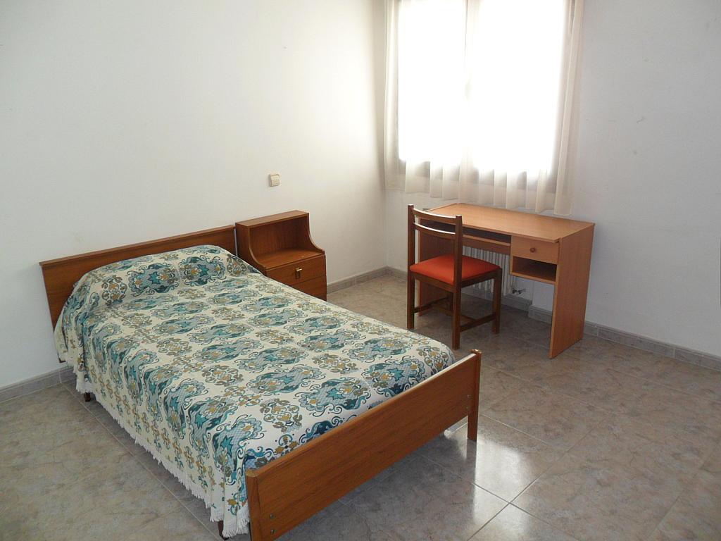 Dormitorio - Piso en alquiler en calle Dalmacio Garcia Izcara, Cuenca - 288180684