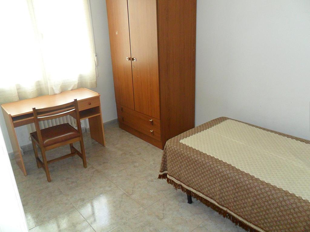 Dormitorio - Piso en alquiler en calle Dalmacio Garcia Izcara, Cuenca - 288180687