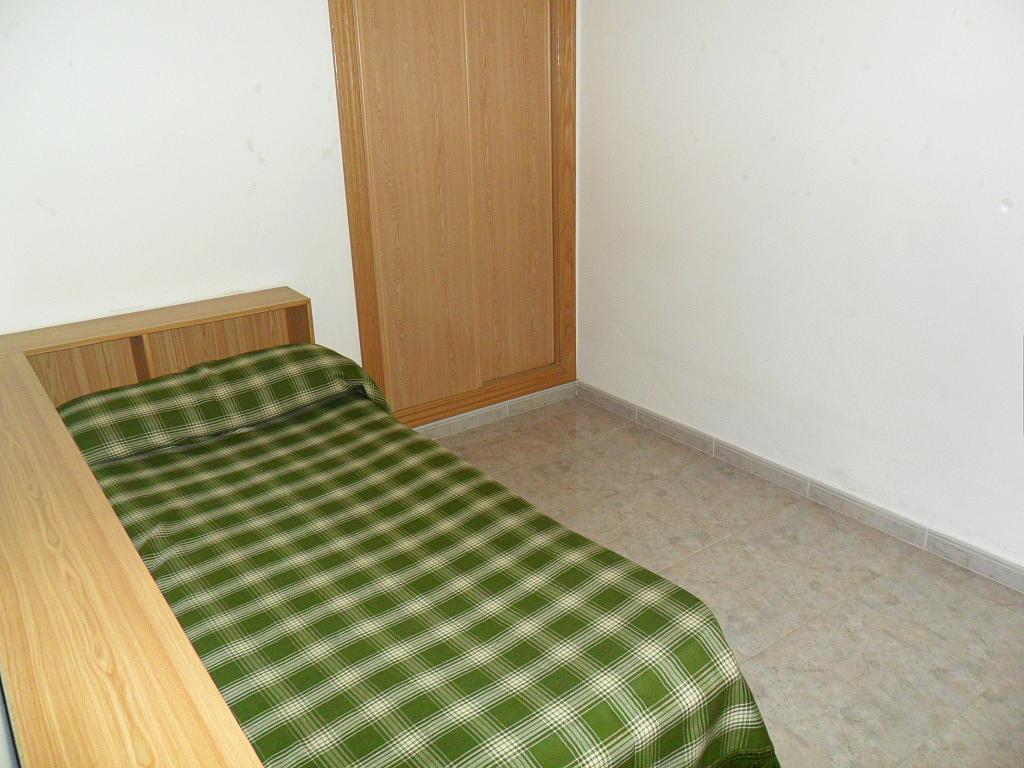 Dormitorio - Piso en alquiler en calle Dalmacio Garcia Izcara, Cuenca - 288180692