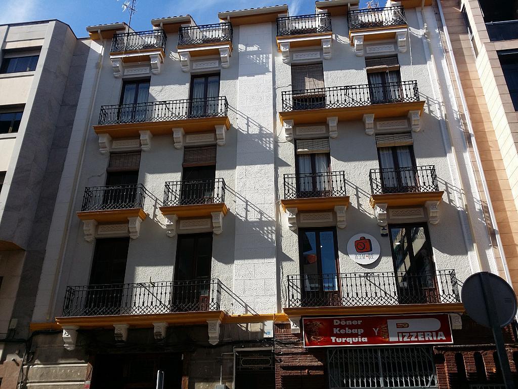 Fachada - Local en alquiler en calle Colon, Cuenca - 295690103