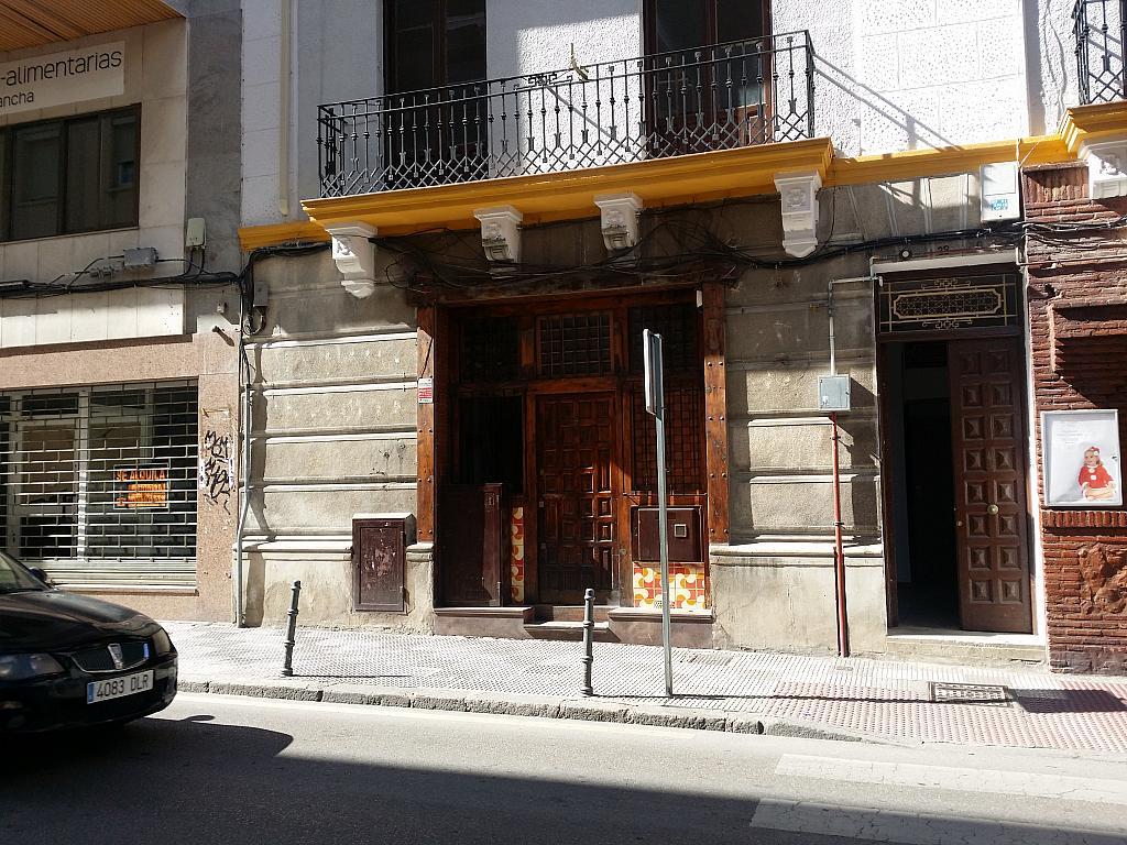 Fachada - Local en alquiler en calle Colon, Cuenca - 295690106