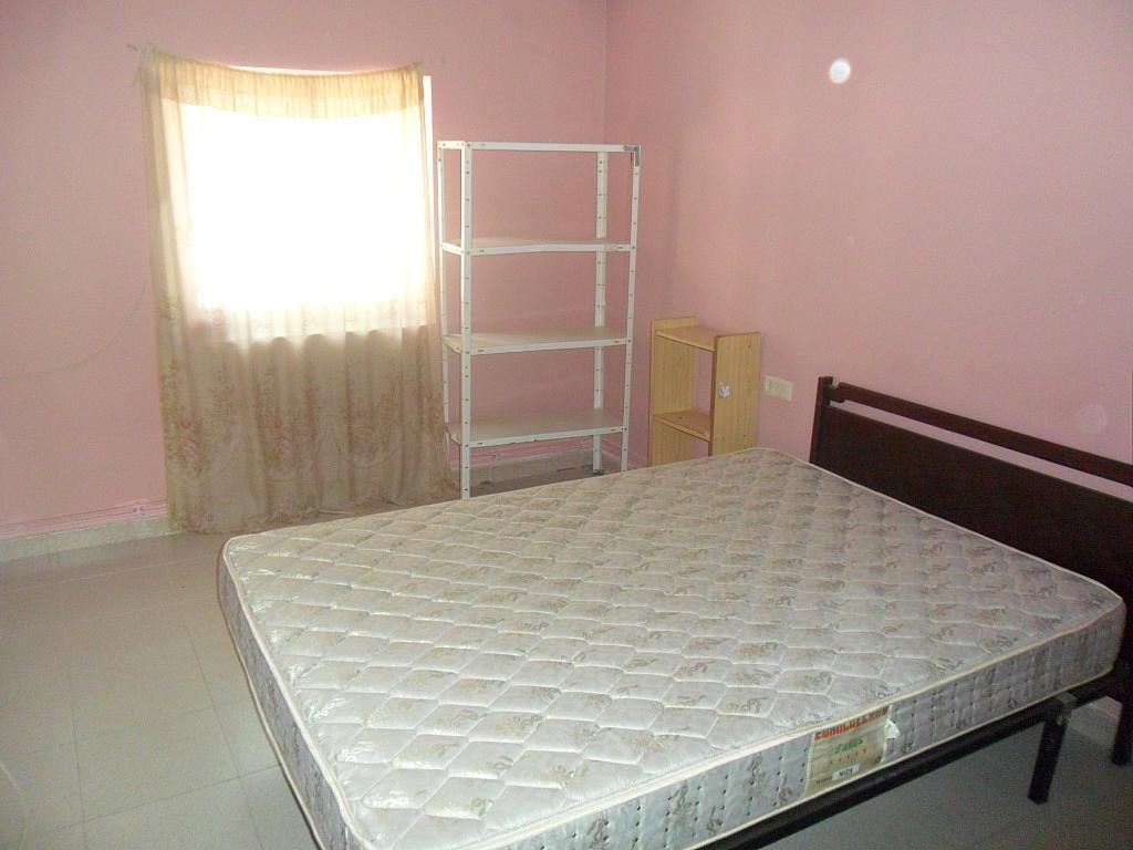 Dormitorio - Piso en alquiler en calle Colon, Cuenca - 297570231