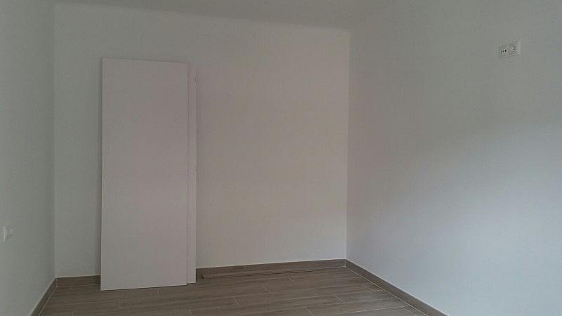 Piso en alquiler en calle Irlanda, Centro en Santa Coloma de Gramanet - 329116875