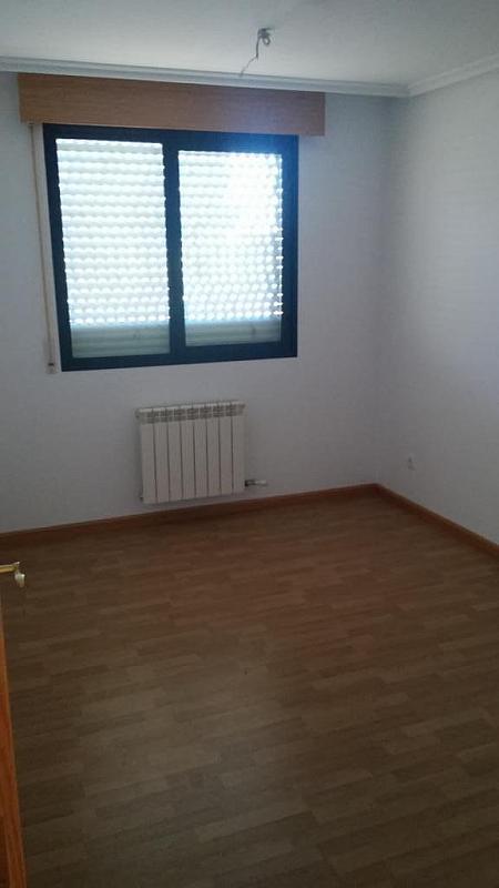 Dormitorio - Piso en alquiler en calle Francia, Portillejo - Valdegastea en Logroño - 331309791