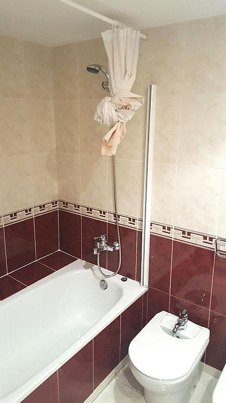 Piso en alquiler en calle Joan Alcover, Sant Cugat del Vallès - 329118957