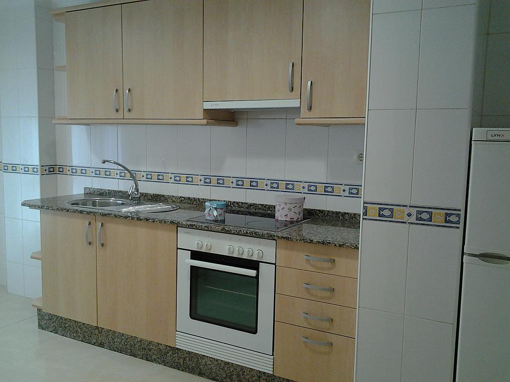 Cocina - Piso en alquiler en calle Concepción Arenal, Burela - 268714417