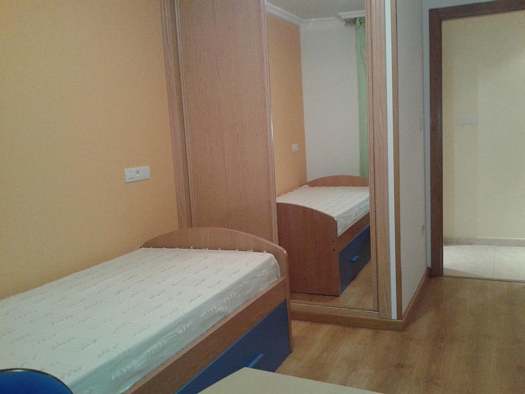 Dormitorio - Piso en alquiler de temporada en calle Pardo Bazan, Burela - 309266725