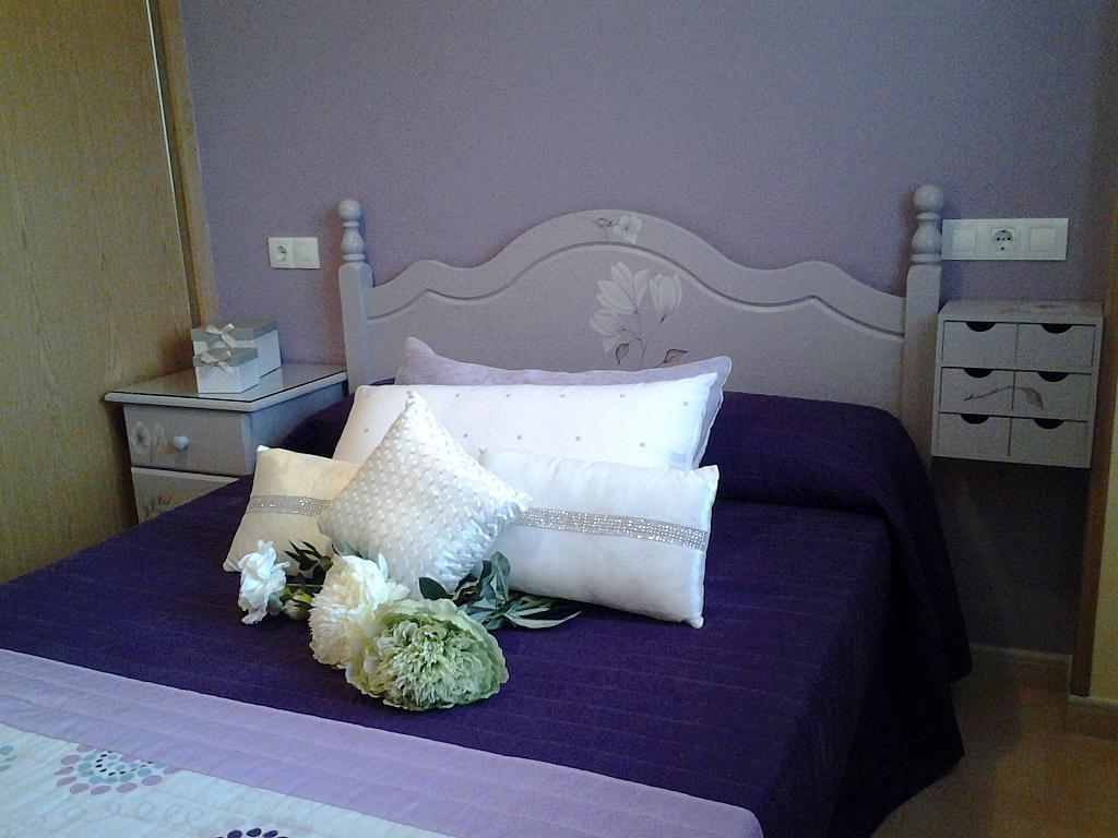 Dormitorio - Piso en alquiler de temporada en calle Concepcion Arenal, Burela - 309267915