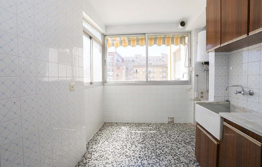Piso en alquiler en calle Marino Albesa, Albors en Valencia - 329904461