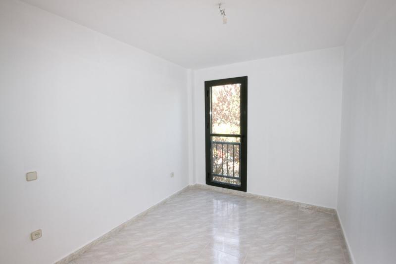 Piso en alquiler en calle Colonial, Pinto - 109931633
