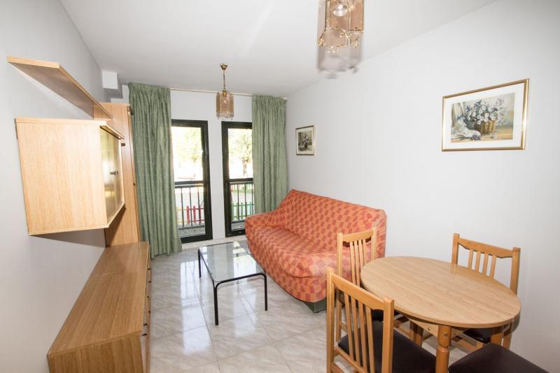 Apartamento en alquiler en paseo Colonial, Pinto - 110223202