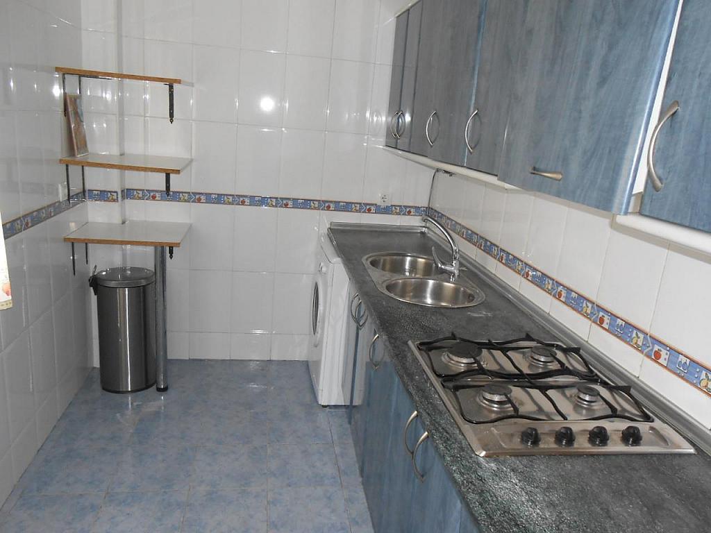 Chalet en alquiler en Jaén - 329218027