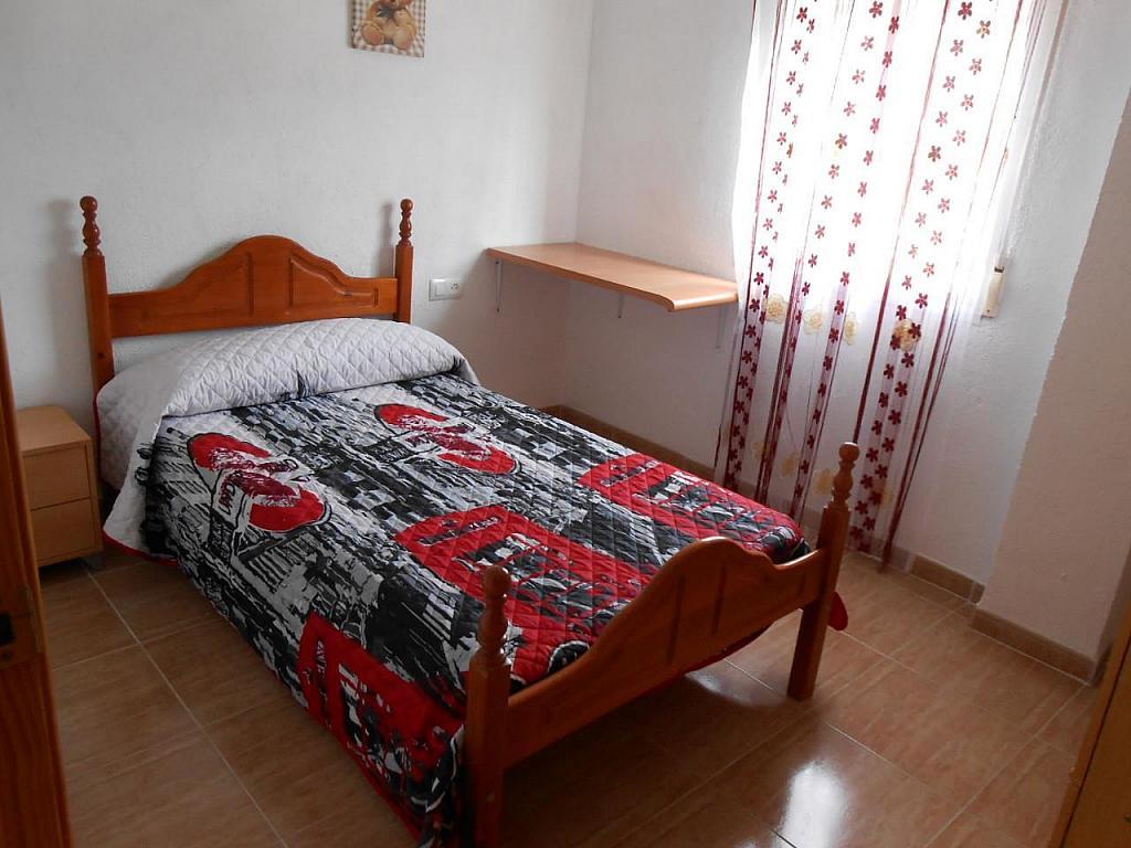 Chalet en alquiler en Jaén - 329218033