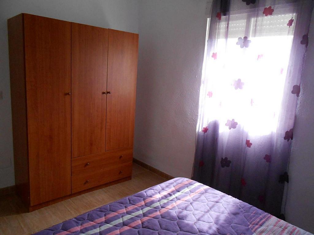 Chalet en alquiler en Jaén - 329218045