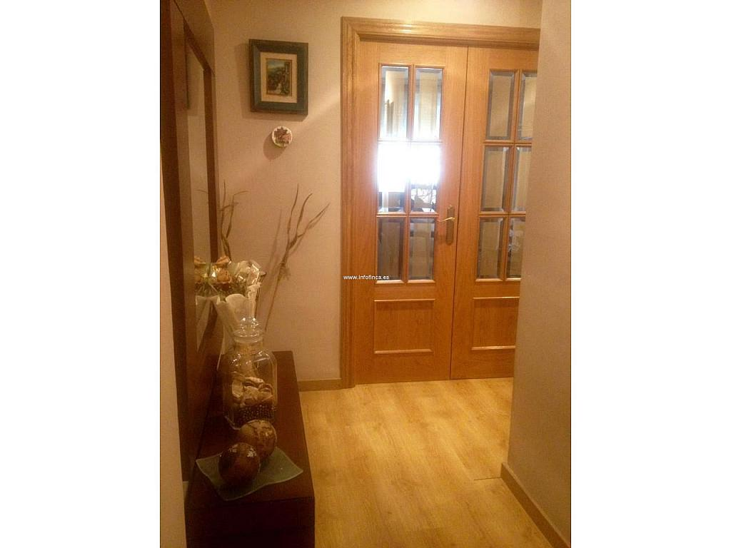 Piso en alquiler en Jaén - 329218111