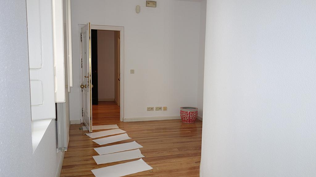 Piso en alquiler en calle Miguel Iscar, Centro en Valladolid - 317579186