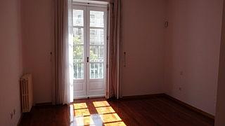 Dormitorio - Piso en alquiler en plaza Santa Ana, Caño Argales en Valladolid - 323914888