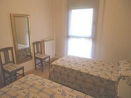 Dormitorio - Piso en alquiler en calle Barcelona, Covaresa-Parque Alameda-Las Villas-Santa Ana en Valladolid - 221454616