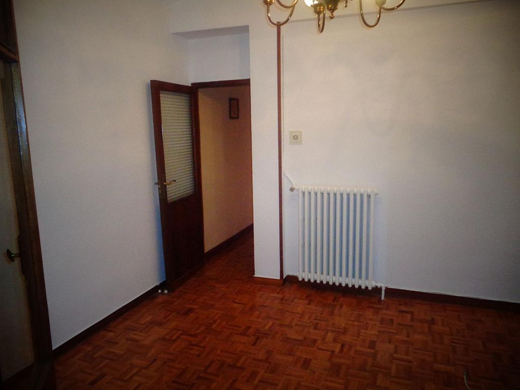 Piso en alquiler en calle Juan Bravo, Semicentro-Circular-San Juan-Batalla en Valladolid - 346797293