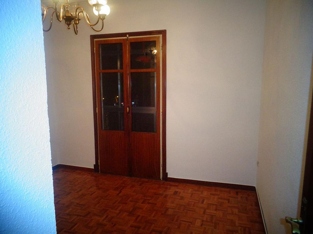 Piso en alquiler en calle Juan Bravo, Semicentro-Circular-San Juan-Batalla en Valladolid - 346797299