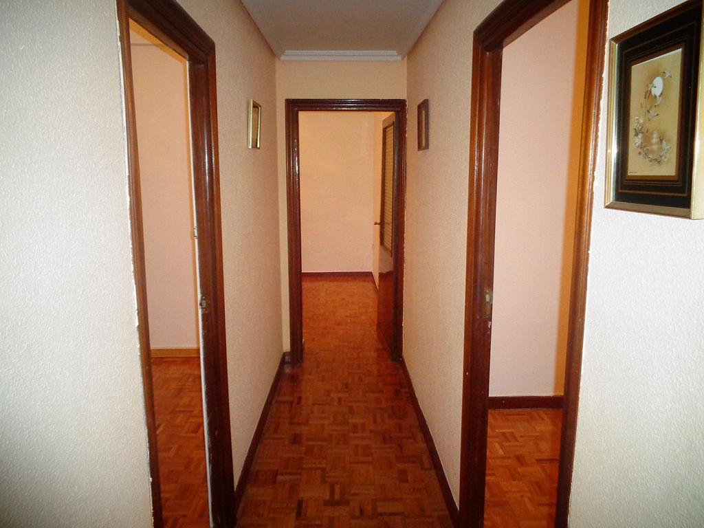 Piso en alquiler en calle Juan Bravo, Semicentro-Circular-San Juan-Batalla en Valladolid - 346797302
