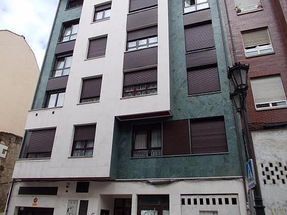 Piso en alquiler en calle Bermudez de Castro, Milán-Pumarin-Pontón de Vaqueros en Oviedo - 276276344