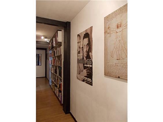 Piso en alquiler en calle Bermudez de Castro, Milán-Pumarin-Pontón de Vaqueros en Oviedo - 318161709