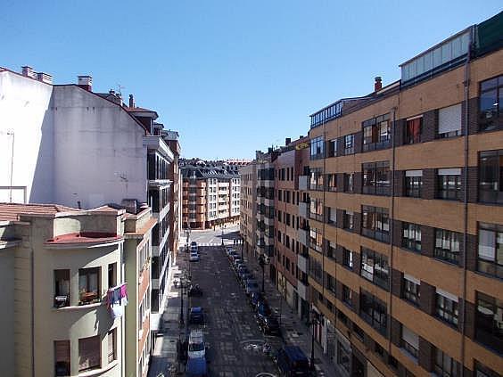 Piso en alquiler en calle Bermudez de Castro, Milán-Pumarin-Pontón de Vaqueros en Oviedo - 318161718