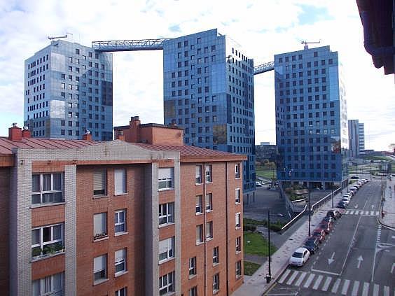Apartamento en alquiler en calle Juan Antonio Alvarez Rabanal, Milán-Pumarin-Pontón de Vaqueros en Oviedo - 331791340