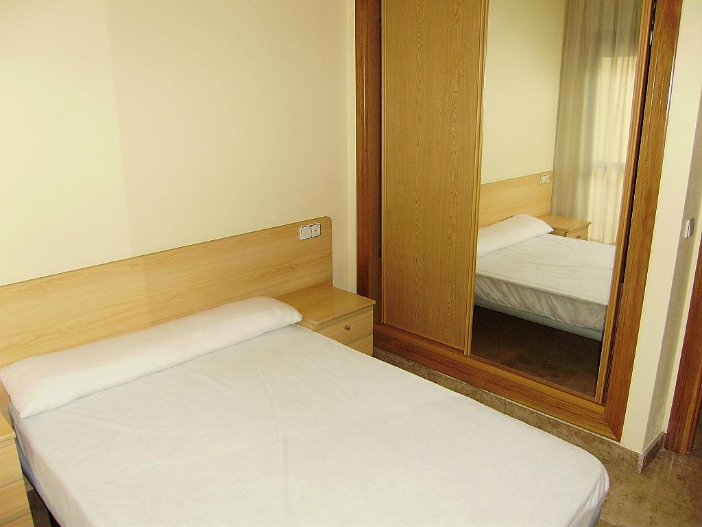 Dormitorio - Apartamento en alquiler en calle Matadero Viejo, El Carmen en Murcia - 250416098