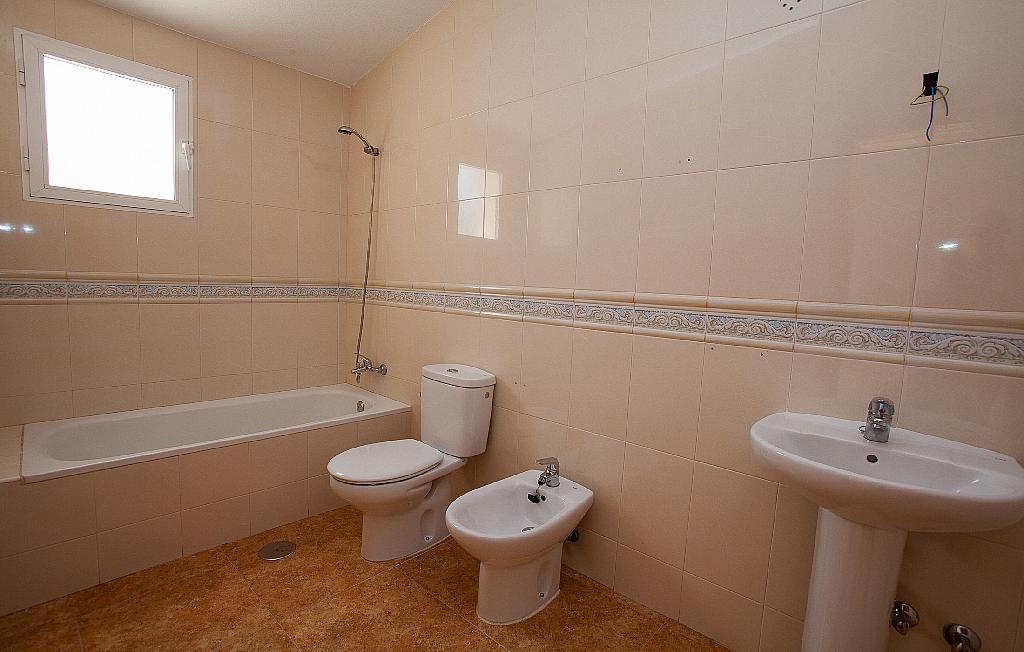 Baño - Ático-dúplex en alquiler en calle Ciudad de Murcia, Beniaján - 300923846