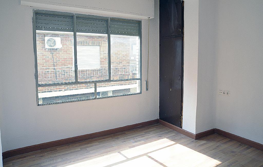 Dormitorio - Piso en alquiler en calle Pepe de Santos, San Roque en Alcantarilla - 320700836