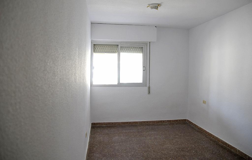 Dormitorio - Piso en alquiler en calle De la Cruz, San Roque en Alcantarilla - 320705543