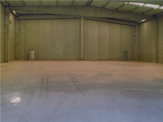 Nave industrial en alquiler en Campllong - 278133835