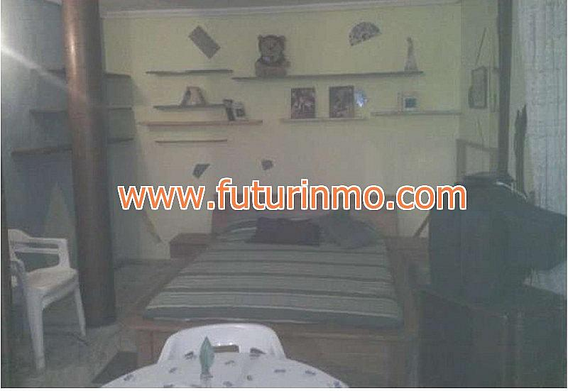 Piso en alquiler en calle Mosset del Pou, Monserrat - 251170267