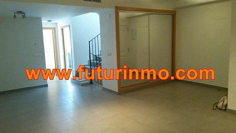 Casa adosada en alquiler en calle Zona Omet, Picassent - 288704439