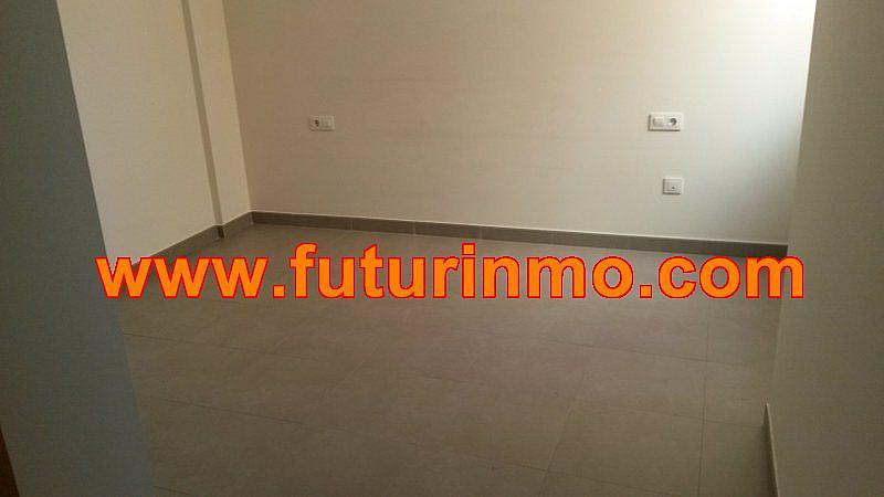 Casa adosada en alquiler en calle Zona Omet, Picassent - 288704458