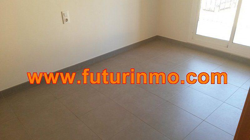 Casa adosada en alquiler en calle Zona Omet, Picassent - 288704466