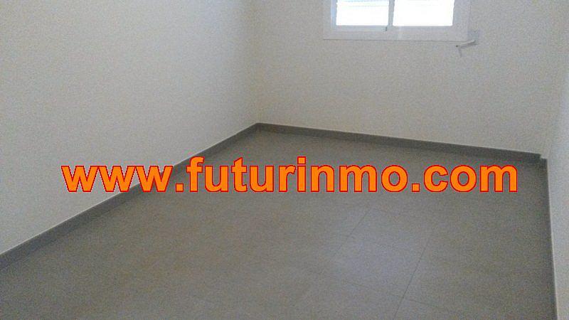 Casa adosada en alquiler en calle Zona Omet, Picassent - 288704472