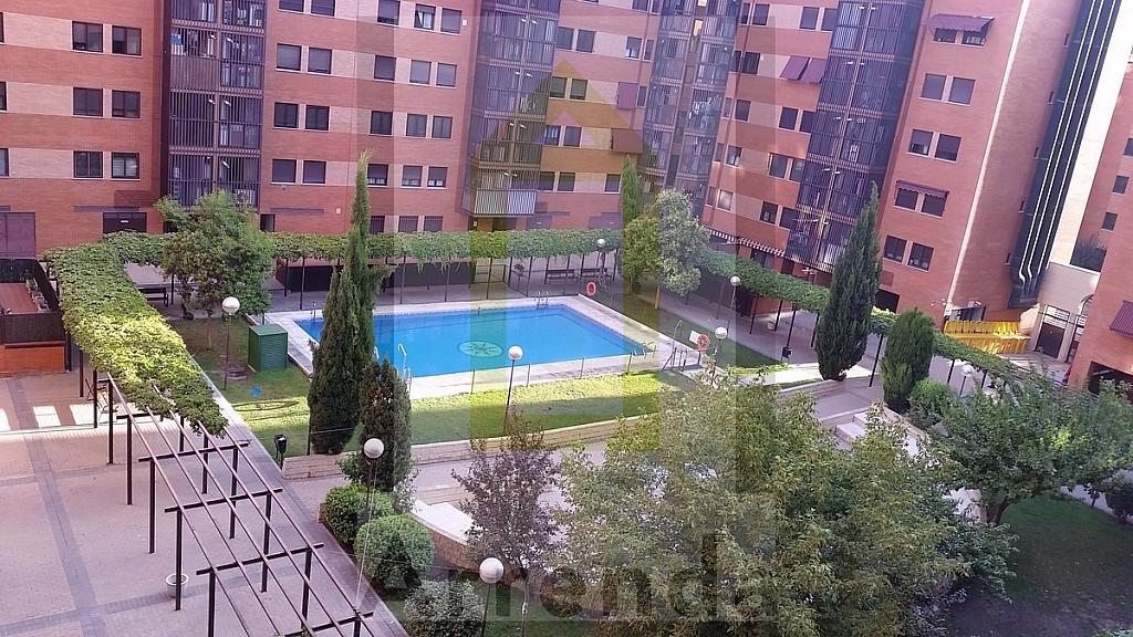 Piso en alquiler en calle Dodge, Orcasitas en Madrid - 329610258