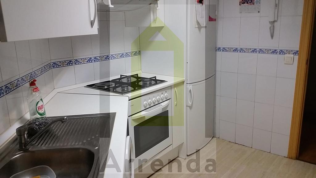 Piso en alquiler en calle Dodge, Orcasitas en Madrid - 329610281