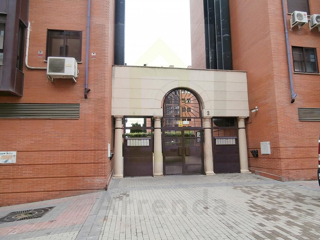 Piso en alquiler en calle Dodge, Orcasitas en Madrid - 331328148