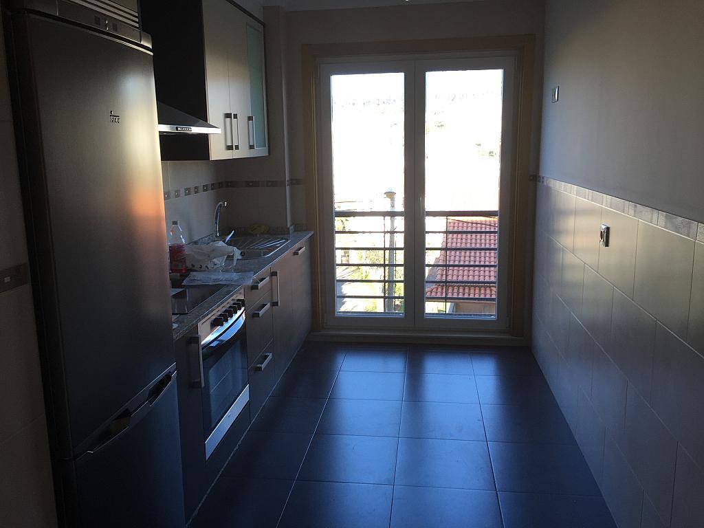 Piso en alquiler en calle Laxobre, Arteixo - 280260341