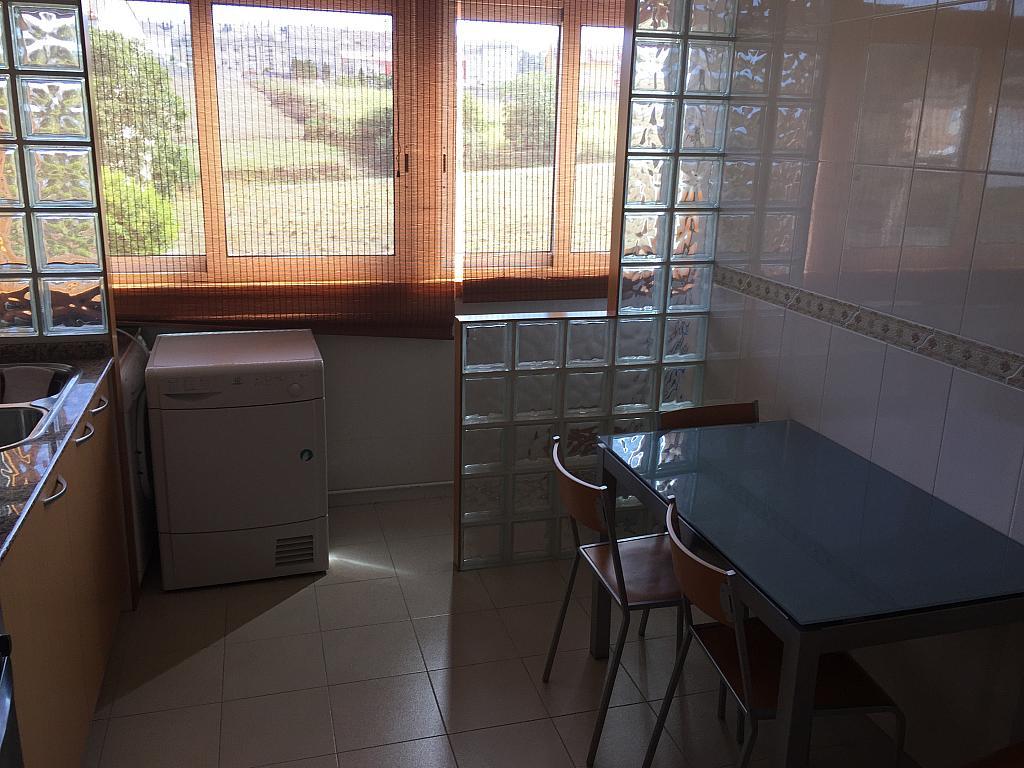 Piso en alquiler en calle Finisterre, Arteixo - 316752898