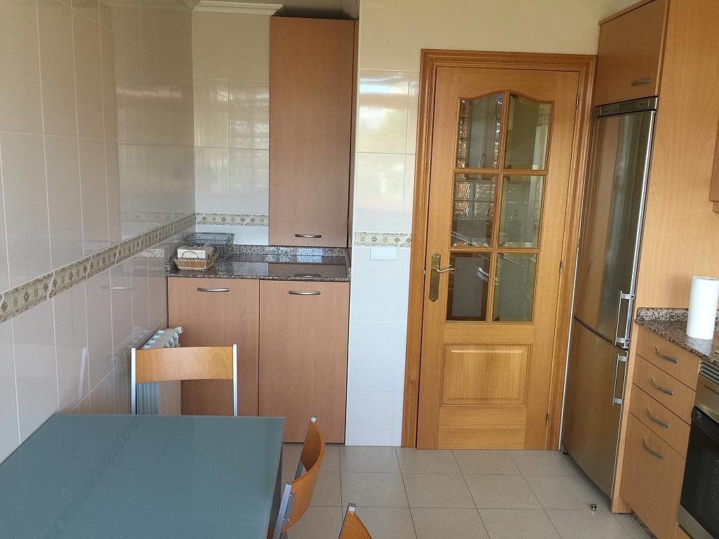Piso en alquiler en calle Finisterre, Arteixo - 316752913